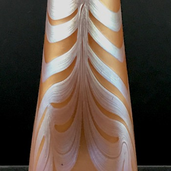 Loetz Phänomen Genre 181 vase, PN unknown, ca. 1901 - Art Glass