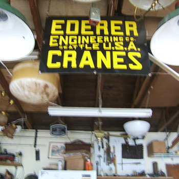EDERER CRANE SIGN SEATTLE WASHINGTON - Signs