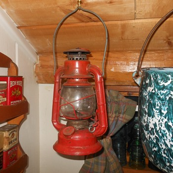 Dietz Comet Lantern Made in USA