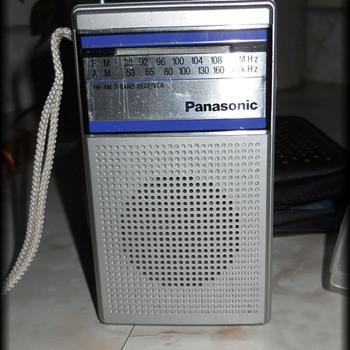 Panasonic Radio RF-503 FM/AM Portable Radio