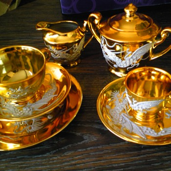 golden dragon tea set - Asian