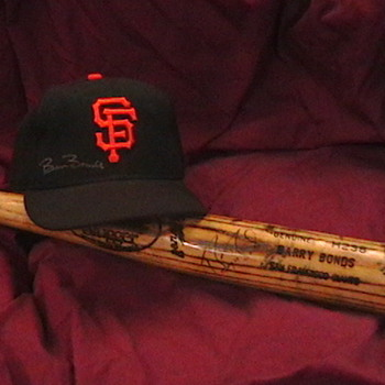 Game Used Autographed Barry Bonds SF Giants Cap - Baseball