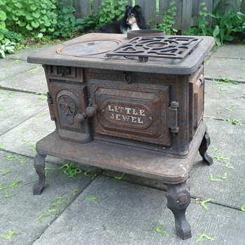Little Jewel Stove