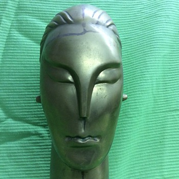 Brass Bust Machine Age Haganuer? - Figurines