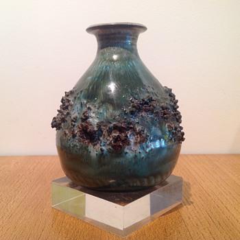 GLIT LAVA - ICELAND - GERHARD SCHWARZ - Art Pottery