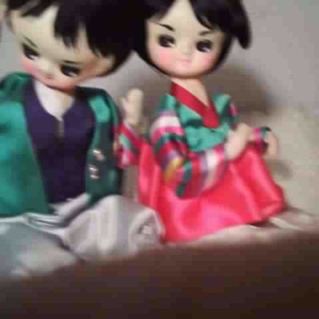 Japanese Twin Dolls?