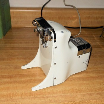 Udico Model 56 Electric Can Opener 1956