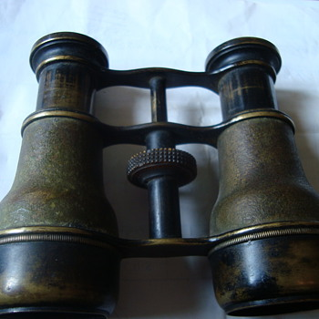 binoculars - Military and Wartime