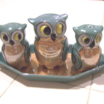Lusterware owl condiment sets - and one orphan - #1