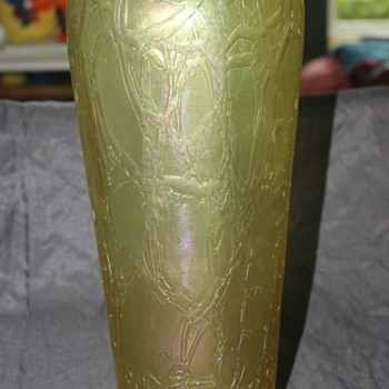 Huge Threaded Vase  (Kralik Crackle?) - Art Glass