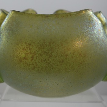 Loetz Creta Cisele mit Tropfen, Prod Nr. II-2055, ca 1905 for Pauly & Cie, Venice - Art Glass