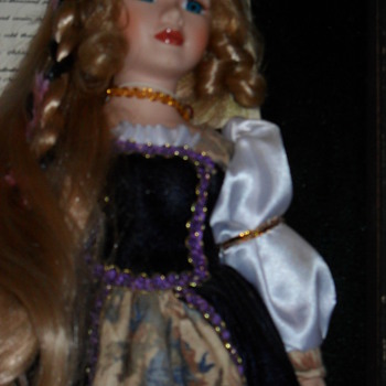 holly, shes a ashley belle porcilain doll
