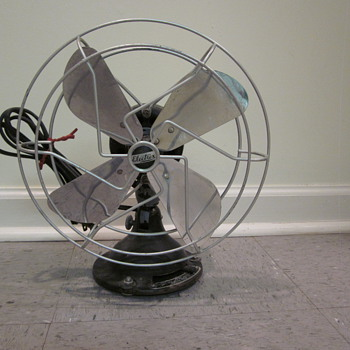 Who might know the manufacturing date of this fan?
