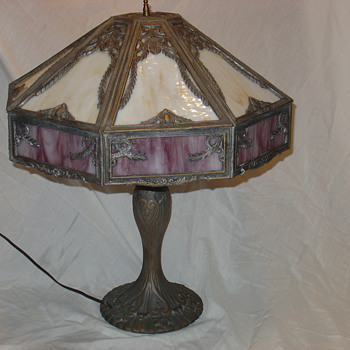 TIFFANY STYLE LAMP - Lamps