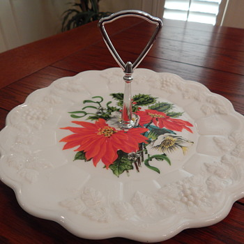 Christmas in July - Westmoreland milk glass tidbit tray - Glassware