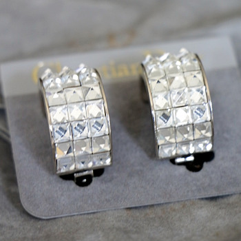 Christian Dior earrings silver tone metal and crystal stones,Glam vintage.