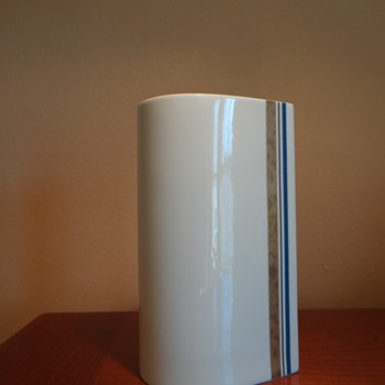 MIKASA SHAPE-DESIGNED BY MICHAEL LAX -GOLD RUSH -BLUE A 7723,C.1960S - Mid Century Modern