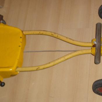 Steiff skelter / pedalcar