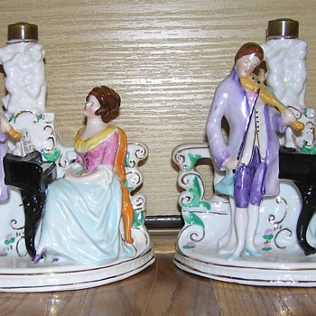 "Pair, matching porcelain music lamp bases ""Germany 6735"""