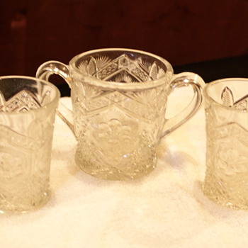 This doesot have the same pattern is it also EAPG?? - Glassware