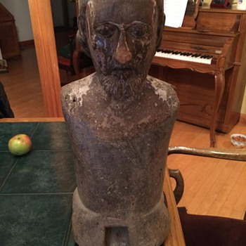Very old (Roman?) Wooden carving/statue .... Ideas? - Folk Art