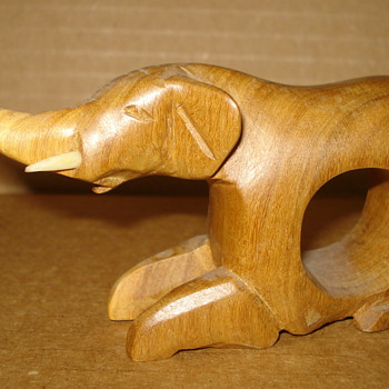 WOODEN NAPKIN HOLDERS WITH A DECORATED ELEPHANT