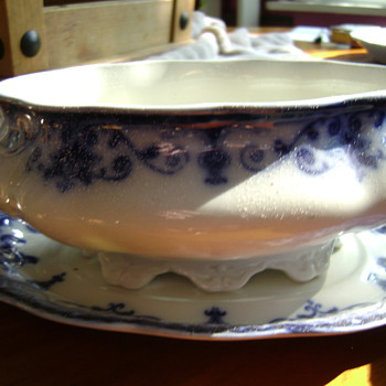 FLO BLUE DINNERWARE SET-JOHNSON BROTHERS UK, EARLY 1900's - China and Dinnerware