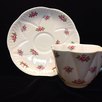 Vintage SHELLEY ROSEBUD TEA CUP and SAUCER #13426 Fine Bone China Chintz Gold