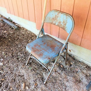 Rusty Blue Painted Metal FoldingChair - Furniture