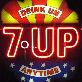 7-UP Neon Sign - Signs