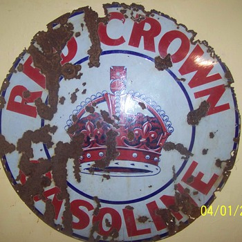 red crown sign - Petroliana
