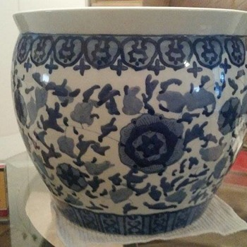 Kangxi period Blue and White underglazed Fish bowl planter - Asian