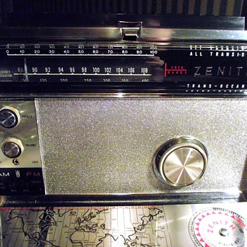 1966-radios-zenith transoceanic royal 3000-1.