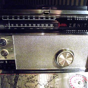 1966-radios-zenith transoceanic royal 3000-1.