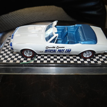 1967 PACE CAR Dealer promo model - Model Cars