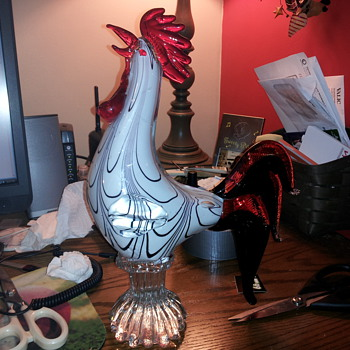 I need info on this rooster! - Art Glass