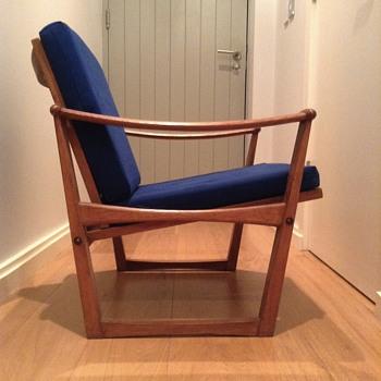 M. Nissen oak armchair  - Mid-Century Modern