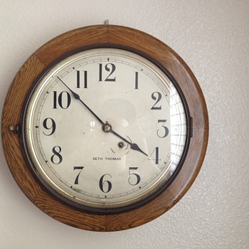 Seth Thomas Wall Mount Wind Up Schoolhouse Clock - Clocks