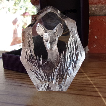 Mats Jonasson Etched Crystal Paperweight Sweden - Art Glass