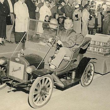 1911 Maxwell Replica