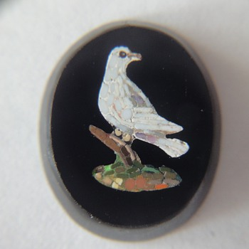Micro Mosaic Dove plaque - Fine Jewelry