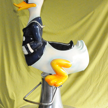 Donald Duck Barber Chair