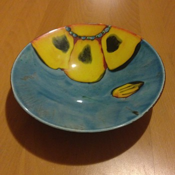 "A lovely bowl 12"" , I don't know anything about it - Art Pottery"
