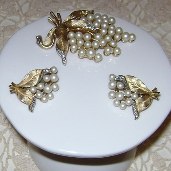 Crown Trifari Brooch and Earrings - Gem of the Sea