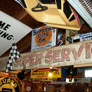 Wood Highway Super Service sign Decatur Indiana - Petroliana