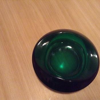 Green glass bowl? - Art Glass