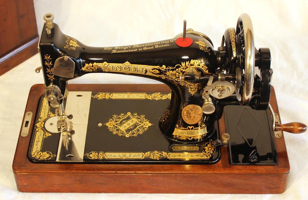 singer sewing machine 1932