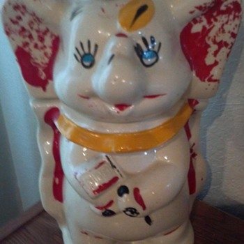 1940 Disney Dumbo 2 sided Cookie Jar
