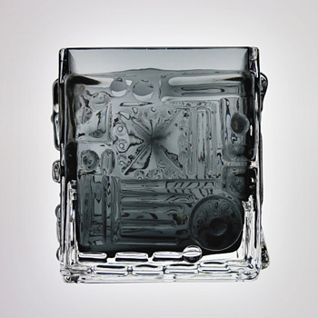 Josef Schott - Smalandshyttan, Sweden. - Art Glass
