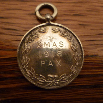 Rare silver medallion celebrating the end of WWI.